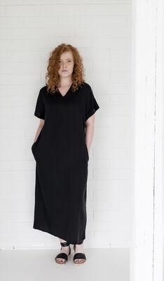Väsby mekko - musta c28725207e